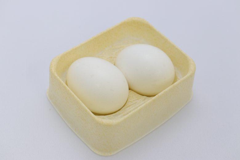 タマゴ型お菓子容器(中身有)